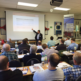 Faber holds expert lecture at the Fachtagung Baustromtechnik.