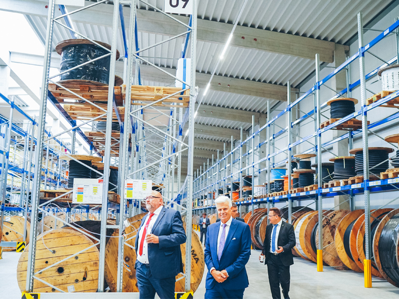 Housewarming party – Friesland Kabel opens new logistics centre Wismar